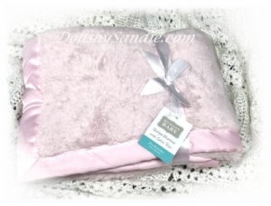 New - Ultra Soft Pink Sherpa Blanket