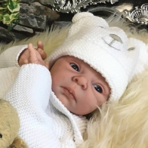 Sammie - Reborn Doll Kit - by Adrie Stoete